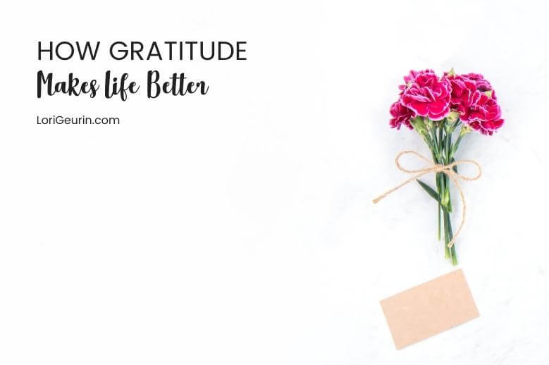 Practicing gratitude improves your life in many ways. Learn the benefits of gratitude and tips for practicing gratitude in your daily life.