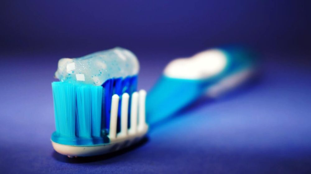 diatomaceous earth in toothpaste