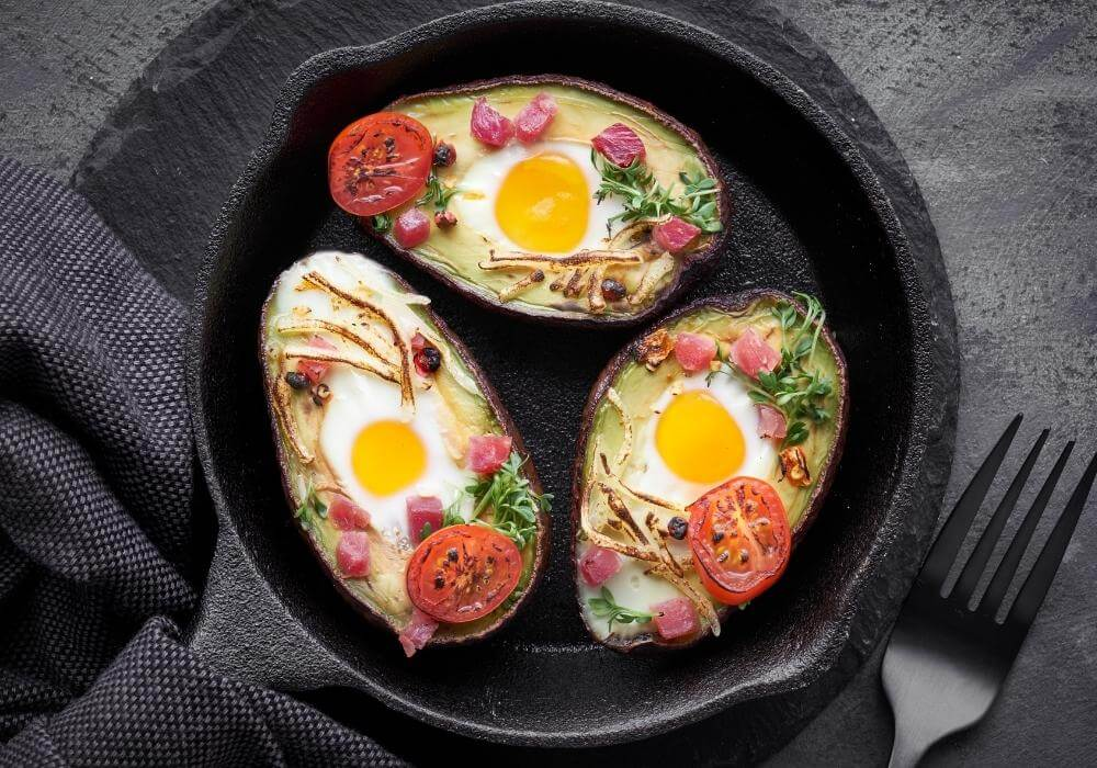 benefits of low carb diet / eggs and meat