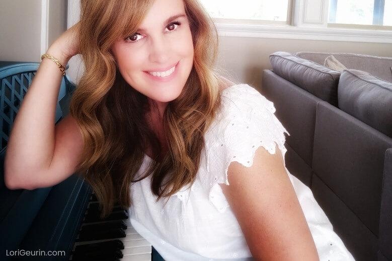 fun facts about me / Lori Geurin sitting at piano