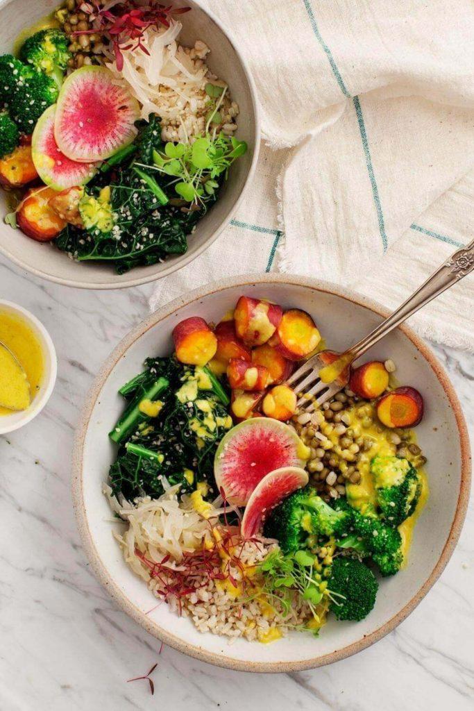 Buddha bowl salad for a healthy lunch idea