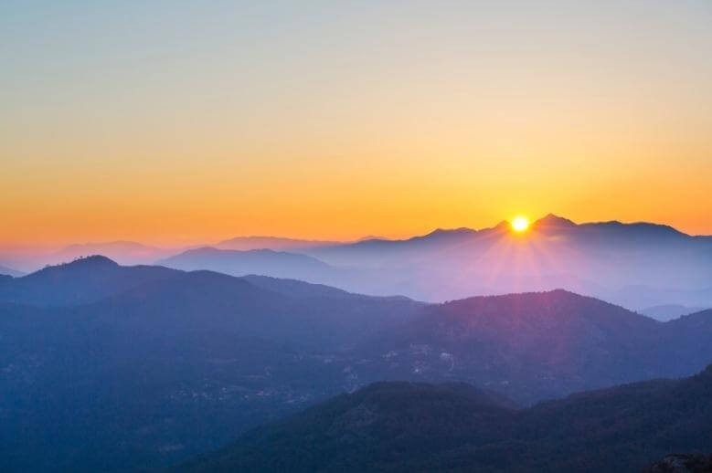 mentally strong people / a beautiful sunrise in the mountains