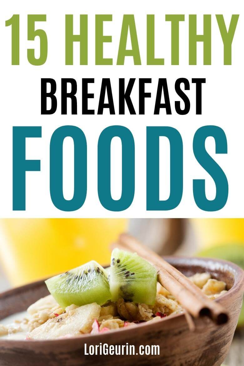 healthy breakfast foods / oatmeal with fruit