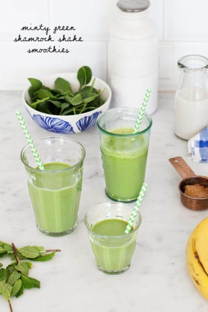 green smoothies with spinach